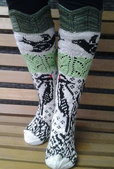 tikat lanka nalle novita Sock Knitting, Fair Isle Knitting, Boot Toppers, Knit Socks, Dobby, Yin Yang, Sock Shoes, Leg Warmers, Fingers