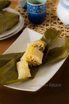 Sticky rice dumpling (Zongzi 糭子 in Chinese) is a classic Chinese food often eaten for celebrating Dragon Boat Festival.