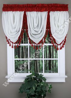 Soho Waterfall valance is a Ivory sheer with a coordinating faux silk band & fringe. #Ascot #Tassels #Valances