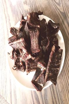 Homemade beef jerky without a dehydrator! My boys love beef jerkyYou can find No sugar snacks and more on our website. No Sugar Snacks, Homemade Beef Jerky, Meat, Canning, Website, Boys, Desserts, Baby Boys, Tailgate Desserts