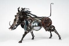 https://lh6.googleusercontent.com/-gFqZPBFDff0/TX7PYEhL4BI/AAAAAAAAKrQ/P35L9ABZGoI/s1600/20_james+corbett_javali_escultura+metal.jpg