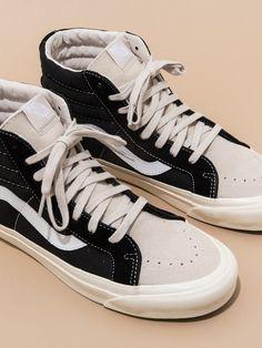 Dream Shoes, Crazy Shoes, Me Too Shoes, Tenis Vans, Vans Sk8, Sneakers Fashion, Shoes Sneakers, Mens Vans Shoes, Look Fashion