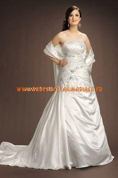 Romantic Bridals Robe de Mariée - Style 5243