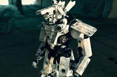 Robot Art, Robots, Custom Action Figures, Figurative Art, My Works, Master Chief, Custom Design, Cool Stuff, Gallery
