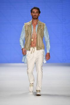 Male Fashion Trends: Can Yunus Centikaya Spring-Summer 2017 - Istanbul Fashion Week