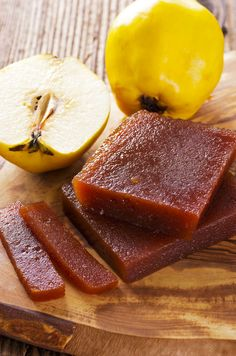 Make homemade membrillo, or quince paste, with this authentic recipe from The Moro Cookbook. The sweet jelly is perfect for cheese boards or as a condiment. Greek Sweets, Greek Desserts, Greek Recipes, Fruit Recipes, Apple Recipes, Dessert Recipes, Cooking Recipes, Quince Jelly, Quince Recipes