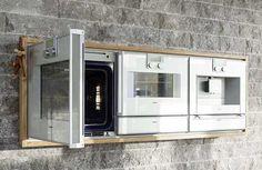 Platz 2: Die Ausstattung ist hochwertig und allumfassend.(Küche: Leicht; Geräte: Miele, Gaggenau, Gutmann, Zubehör: Blanco, Lechner).
