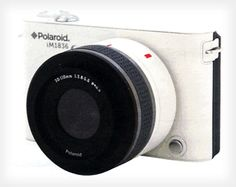 Polaroid IM1836 (Android based mirrorless interchangeable lens camera)