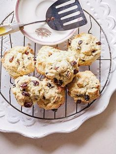 Rock Cakes – Destitute Gourmet Scones, Glass Of Milk, Tea Cups, Picnic, Lunch Box, Tasty, Rock, Baking, Cake