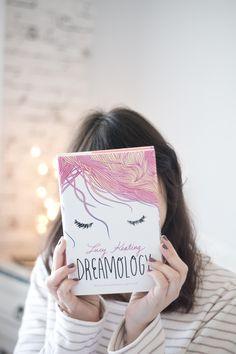 Melina Souza - Serendipity <3  http://melinasouza.com/2016/07/21/dreamology-lucy-keating/  #Book  #livro #MelinaSouza #Pet