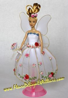 Ange blanc Plus Barbie Gowns, Barbie Dress, Barbie Clothes, Nylon Flowers, Silk Flowers, Fabric Flowers, Nylon Crafts, Diy And Crafts, Arts And Crafts