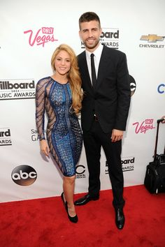 Pin for Later: Stars Bust Out Their Best Moves at the Billboard Music Awards Shakira and Gerard Piqué