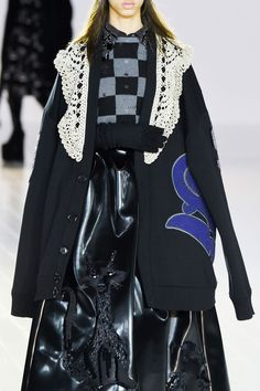 Marc Jacobs Fall 2016 Ready-to-Wear Fashion Show