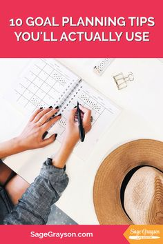 10 Goal Planning Tips You'll Actually Use - Sage Grayson Life Editor Passion Planner, Life Planner, Book Outlet, Sunday Routine, Entrepreneur Books, Make A Game, Think Small, Goal Planning, Getting Things Done