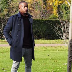 """""""If you want to live a life you've never lived you have to do things you've never done. So don't let those stuck in their comfort zone stop you from stepping out to greatness.""""  by @hawkinsandshepherd  Coat: @superdryglobal  Jumper: @nextofficialman  Jeans: @zara  Tags: #Menstyle #Menswear#Palace #PalaceSkateboards #Winter #homme #fashion #style #inspiration #hairstyle #menfashion #mensclothing #mensstyle #mensphysique #fashionista #fashionblogger #Fashionable #Fashiondiaries #FashionBlog…"""