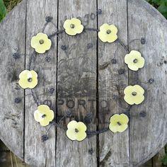 Image of Couronne de fleurs
