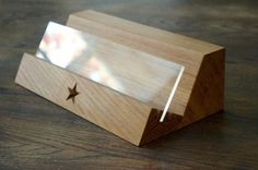 wooden-cookery-book-stand-makemesomethingspecial.com