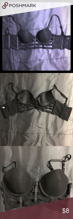 Caged bra Only worn once and washed. In great condition! Forever 21 Intimates & Sleepwear