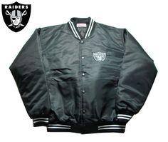 【OAKLAND RAIDERS】【オークランド・レイダース】ナイロン・スタジアムジャケット ブラック バックRAIDERS BIGロゴ サイズM-2XL 【アウター】【LA】【jacket】【black】【NFL】【スタジャン】【ヒップホップ】【黒】【ジャンパー】【西海岸】【送料無料】【あす楽】【楽天市場】