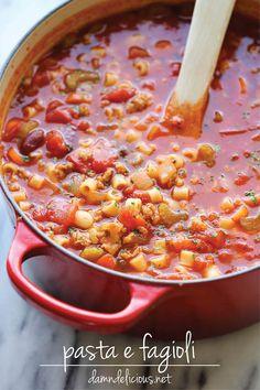 Olive Garden Pasta e Fagioli Soup - A super easy, no-fuss copycat recipe that's wonderfully hearty and comforting. Copycat Recipes, Soup Recipes, Cooking Recipes, Cooking Ham, Italian Cooking, Pasta Recipes, Tasty, Yummy Food, Snacks