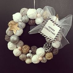 Awesome New years eve party information are offered on our site. Check it out and you wont be sorry you did. Christmas Mood, Christmas Images, White Christmas, Christmas Wreaths, Merry Christmas, Halloween Yarn Wreath, Fall Crafts, Diy And Crafts, New Year Diy