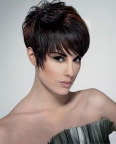 this is what i wish my hair would do.   Short Pixie Hair Style 2014