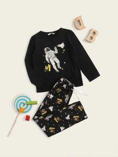 Boys Figure Print Top & Drawstring Waist Pants PJ Set – Agodeal Satin Pj Set, Boys Sleepwear, Gucci, Pj Sets, Printed Tank Tops, Spandex Material, Black Pattern, Drawstring Waist, Pajama Set