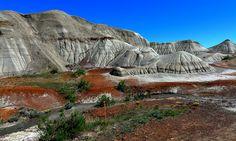 Badlands, Dinosaur Provincial Park , Alberta, Canada.