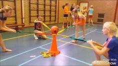 Onderwijs en zo voort ........: 3900. Samenwerken met gym : Hou de bal in de ring....