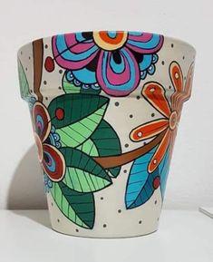 Painted Flower Pots, Painted Pots, Pebble Painting, Terracotta Pots, Terra Cotta, Fun Crafts, Diy Ideas, Miniatures, Clay