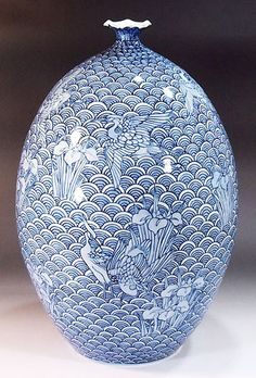Japanese Vase, Japanese Porcelain, Japanese Pottery, White Porcelain, China Art, Blue China, Vase Design, Décor Antique, Keramik Vase