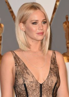 The Most Extravagant Jewelry on the Oscars Red Carpet - Racked