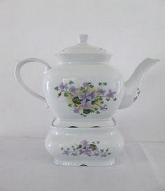 Vintage Tea Pot  // Sweet Violets // Seperate Warmer  // Tee on Etsy, $25.00