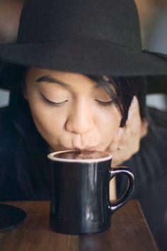 Coffee shop portrait session, Scottsdale AZ, Maverick Coffee | Emily Wilson Photography
