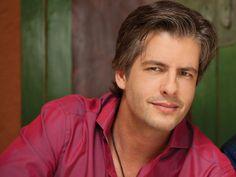 Poliana Bagatini disse que apanhou do cantor Victor da dupla Victor e Leo - http://jornalprime.com/poliana-bagatini/23006/