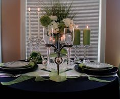 apple green tablecloth | Neither of them were that keen on having white as the dominant colour ...
