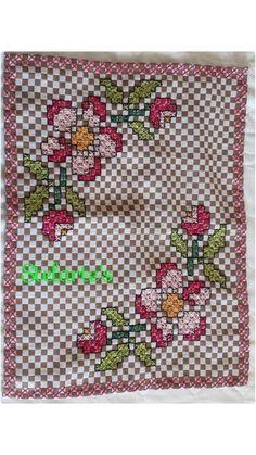 Bordado Tipo Chicken Scratch, Chicken Scratch Embroidery, Hand Stitching, Cross Stitch, Kids Rugs, Quilts, Crochet, Stitches, Ribbon Crafts