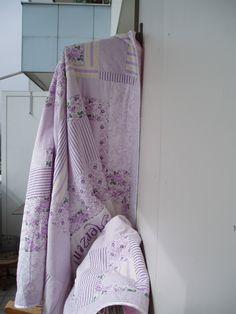 Patchwork- Decken  -  STOFFTEIL flieder -  fertig genäht Scrappy Quilts, Lilac Bushes, Ceilings, Homes