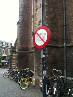 No accordions, this means you...