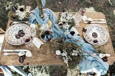 CreditsPhotographers: Sara D'Ambra PhotographyCoordinators & Stylists: RosenvoileWedding Dress: Marianna LanzilliShoes: LeMastroHeadpiece : ElibreJewelry: My Golden AgeFlowers: Fluida DesignPaper Goods & Calligraphy: Betty SoldiHome Decor: Officina MobileDishes: DishesonlyCakes & Catering: FonderiaHair & Makeup: Manola SpazianiModel: Lucrezia Massari