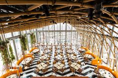 Located on the 38th and 39th floors at 110 Bishopsgate, SUSHISAMBA delivers a unique blend of Japanese, Brazilian and Peruvian cuisine, culture, music and striking design to the City of London.  SUSHISAMBA London 110 Bishopsgate London, EC2N 4AY