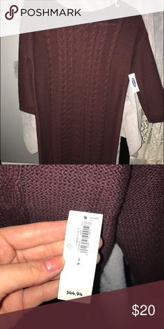 Cable knit sweater! Maroon sweater dress. Never worn! Old Navy Sweaters Cowl & Turtlenecks