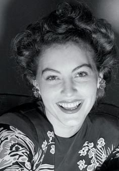 Ava Gardner, 1942