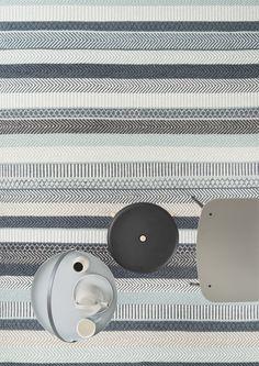 Dywan Mariko blue - Linie Design - niebieski w pasy Color Dust, Nordic Living, Buy Rugs, Nordic Design, Danish Design, Line Design, Handmade Rugs, Wool Rug, Art Deco