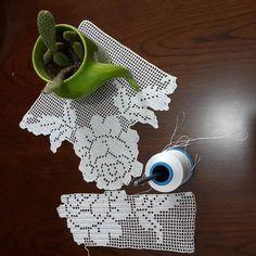 Yine yeni yeniden #dantel #takim #hobinisat #birlikteörelim #orgumuseviyorum #orguseverler #orgugunum #paylasmakguzeldir #elemeginedestek… Crochet Lace, Crochet Earrings, Jewelry, Instagram, Crochet Table Runner, Towels, Craft, Trapper Keeper, Crocheting