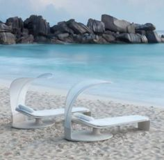 Be on Cloud Nine This Sunny Season with DEDON's Summer Cloud Lounger