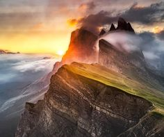"Earth Pics on Twitter: ""The sun breaks through at Seceda in the Italian Dolomites - Andreas Wonisch https://t.co/CJbOFqa3Bv"""