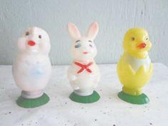 Vintage Plastic Easter Decor Figures 2 Chicks by xmaspastnpresents