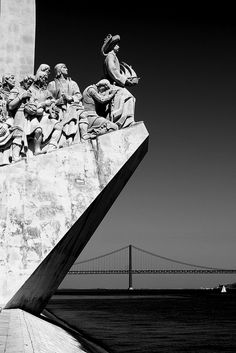 Belém, Lisbon - push forward the limits of exploration Places Ive Been, Places To Go, Love Bridge, Brazilian Portuguese, Architectural Elements, My Happy Place, Around The Worlds, Black And White, City