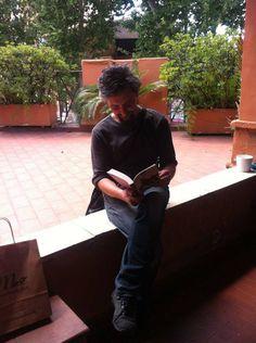 Ascanio Celestini legge #InTerritorioNemico Inspiration, Ideas, Biblical Inspiration, Thoughts, Inhalation, Motivation
